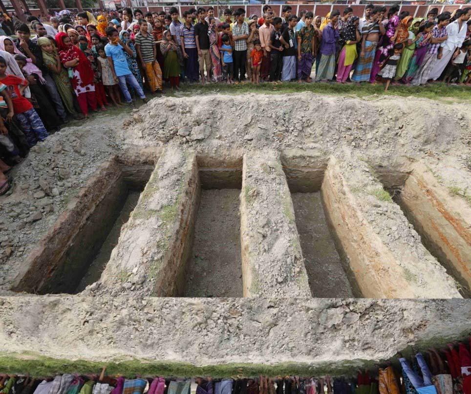 2013-03-22 bangladesh grave